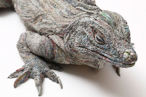 thumb_chie-hitotsuyama-three-dimensional-rolled-paper-sculpture