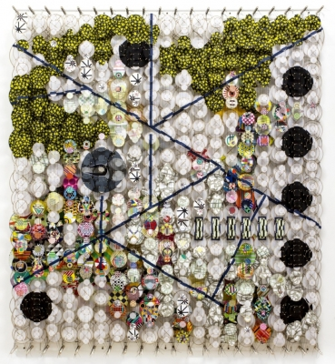 thumb_jacob-hashimoto-installation-collage-paper